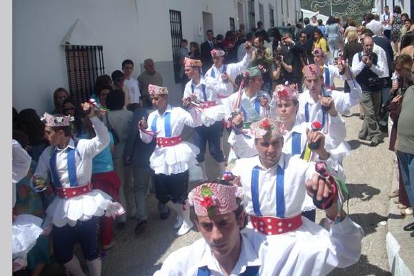 Danza HInojales Virgen de la Tórtola
