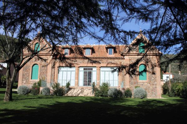 anibal-gonzalez-arquitectura-mudejar-aracena-sierra-de-huelva-casa-rural-05
