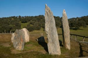 Monumento megalítico de la Pasada del Abad. Rosal de la Frontera